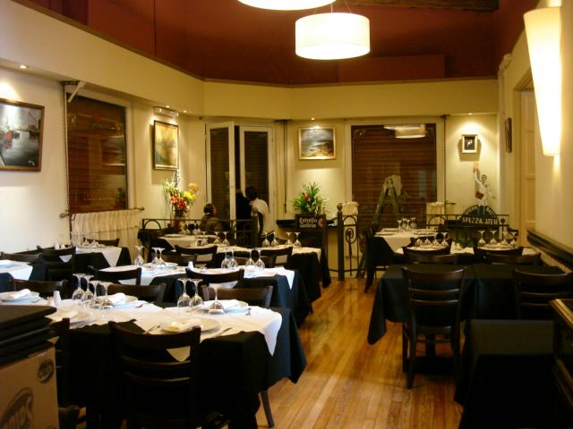Restaurant Vieja Libreria 5